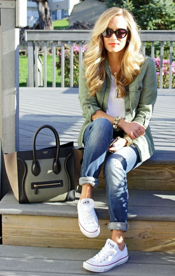 Jeans with sneakers